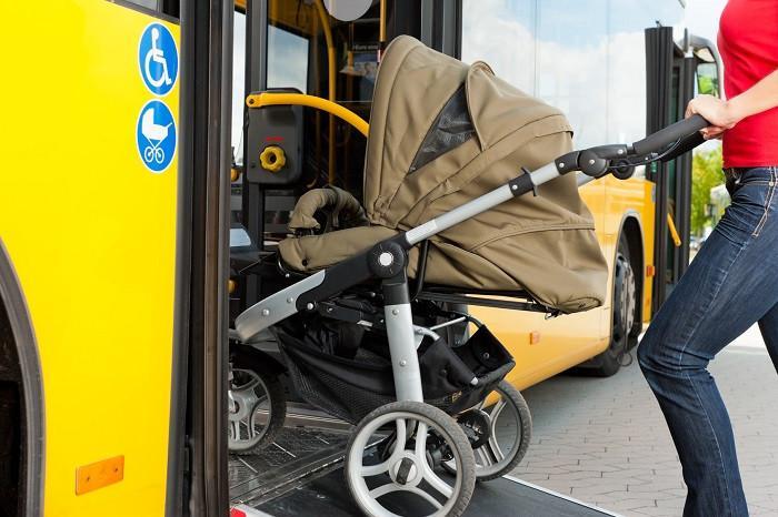 dziecko autobus