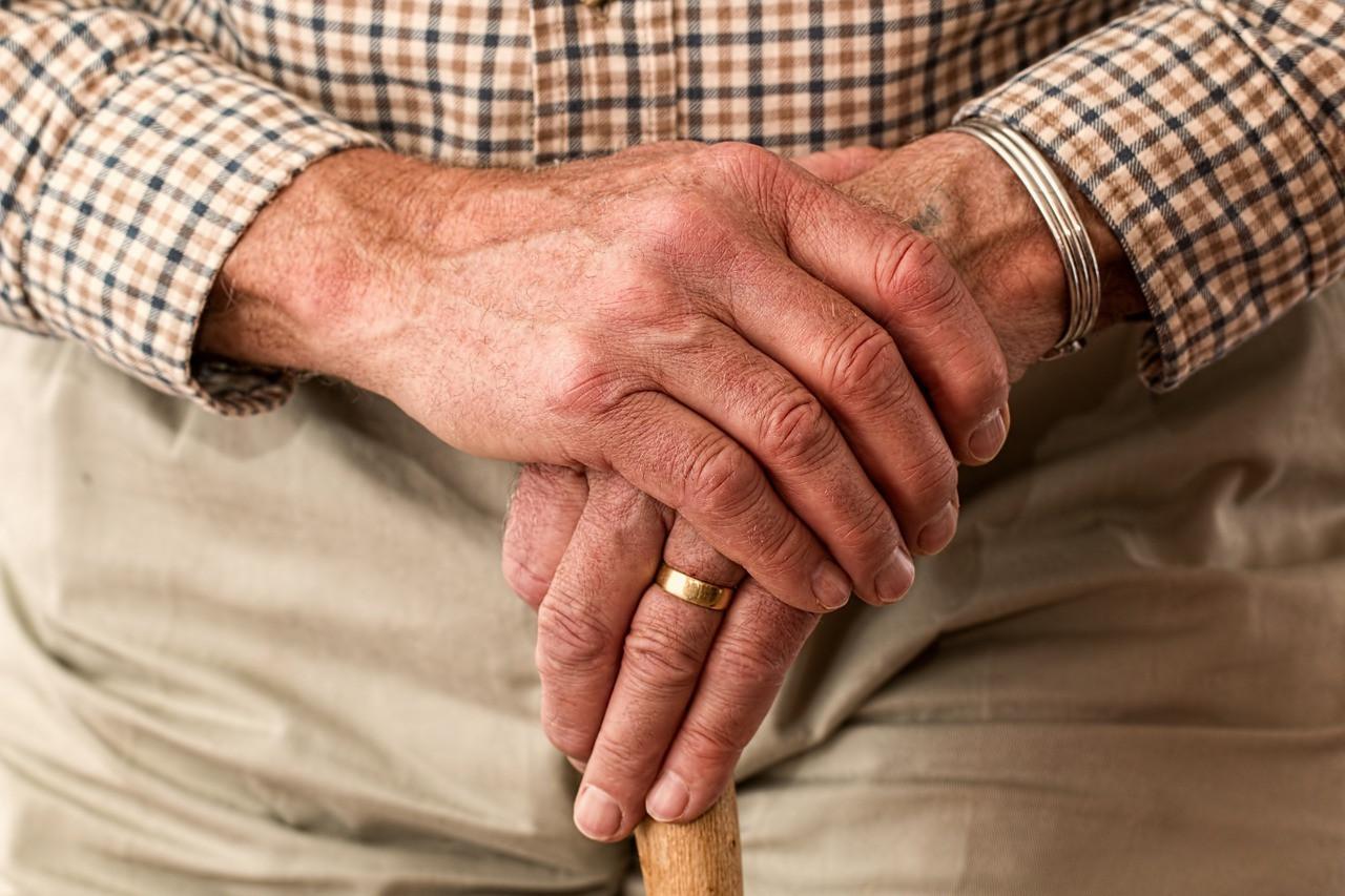 Czy można być za starym, by otrzymać wysokie zadośćuczynienie?