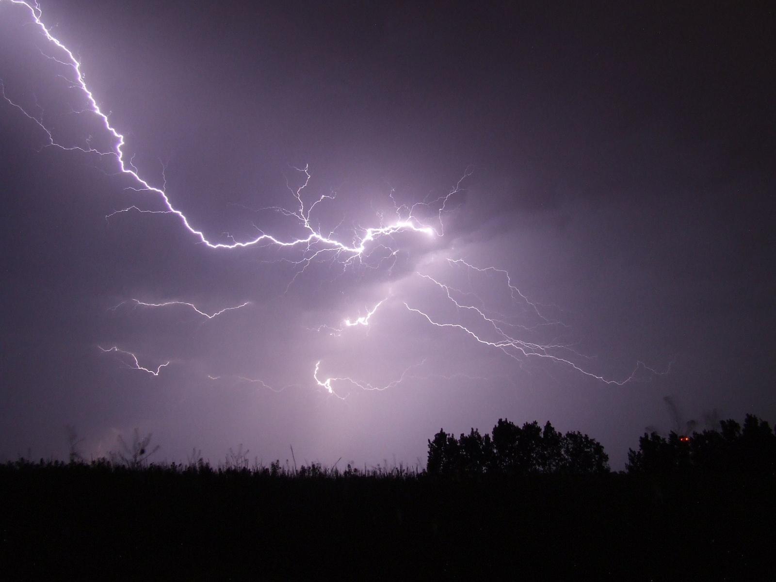 szkody burza